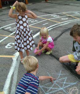 kidsplaying