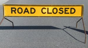 road-closed-sign-2-1003255-m