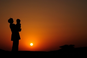 sunset-silhouette-1412362-m