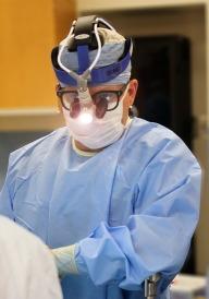 surgeon-1049534_640
